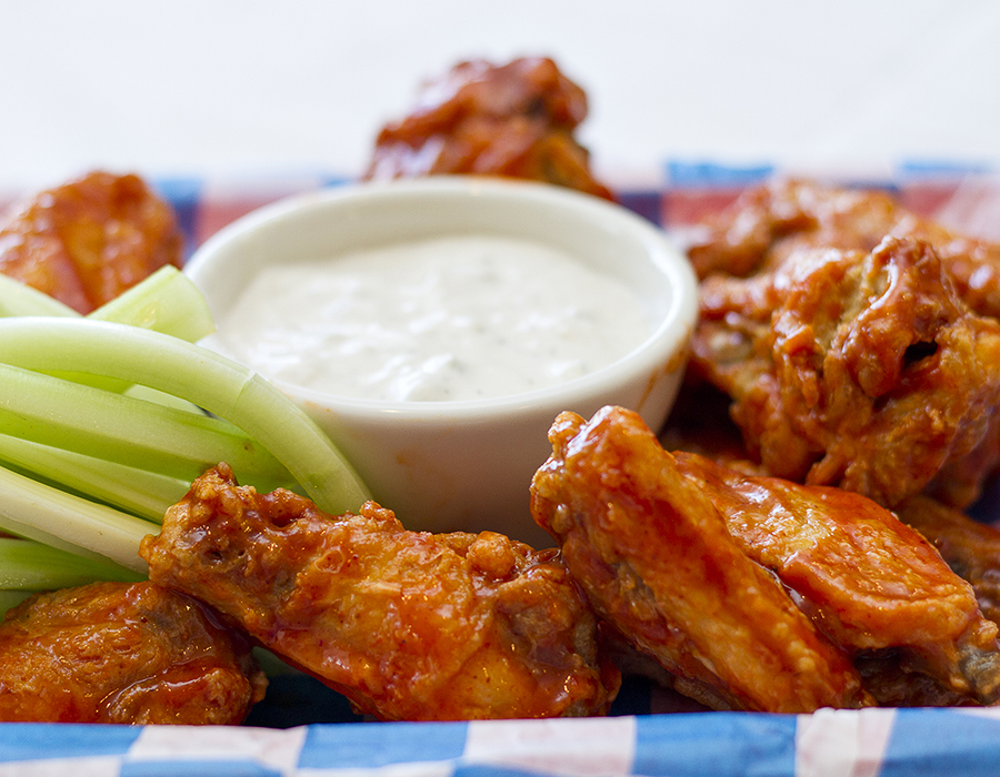 Buffalo chicken wings at Gilbert's Resort, Key Largo