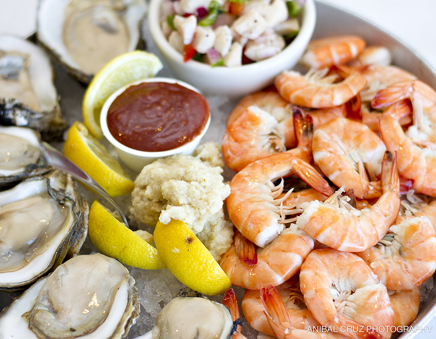 Gilbert's Resort Raw Bar Sampler for 2
